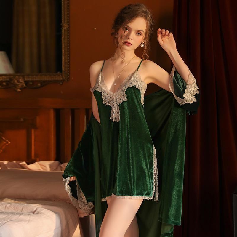 Novas Mulheres Sleepwear Lingerie Sexy Lace Cut out Camisola profunda V Aberto Voltar Veludo Nightdress Home Wear Outono Inverno 2 Terno Egdre
