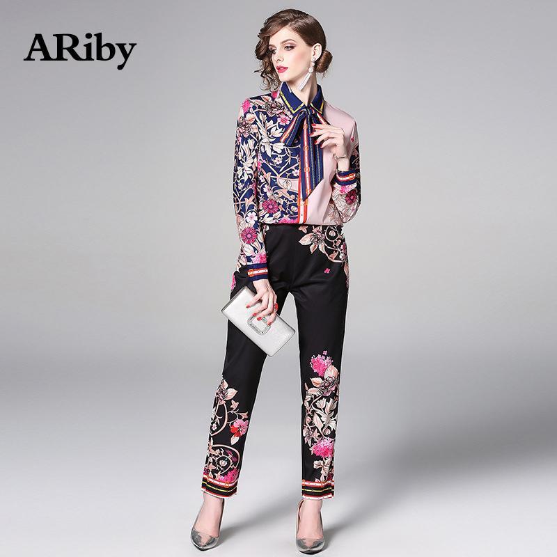 Ariby Mulheres Manga Longa Impresso Elegante Dois Peça Set Primavera / Verão Moda Casual Camisa + Calças Pretas Tracksuit Mulheres Set 20119