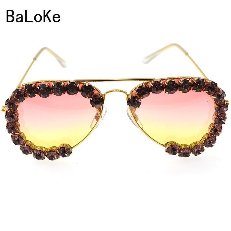 Diseño de moda Rhinestones Gafas de sol Mujeres de gran tamaño Vintage Gafas de sol para femenino Diseñador de moda Partido Accesorios de joyería