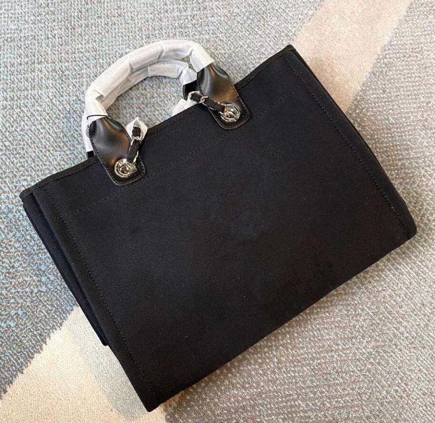 2021 Yeni Stil Mizaç Çanta Inci Çanta Moda Mizaç Lady's Tuval Çanta Omuz Çantası Boyutu 42 cm