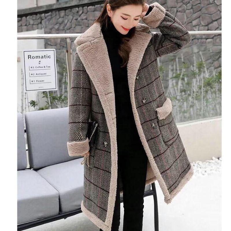 Cappotto imbottito imbottito di lana imbottito della lena del nuovo ad agnello della lena da donna di Agnello-imbottito per le donne, giacca imbottita in cotone