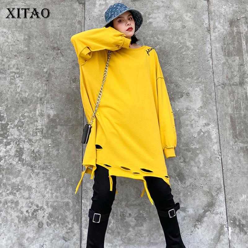 Xitao Plus Размер Letter Печать Hole Толстовка Женщины Одежда Осень Новая мода пуловер Полный Рукав Match All Top ZP3062 201019