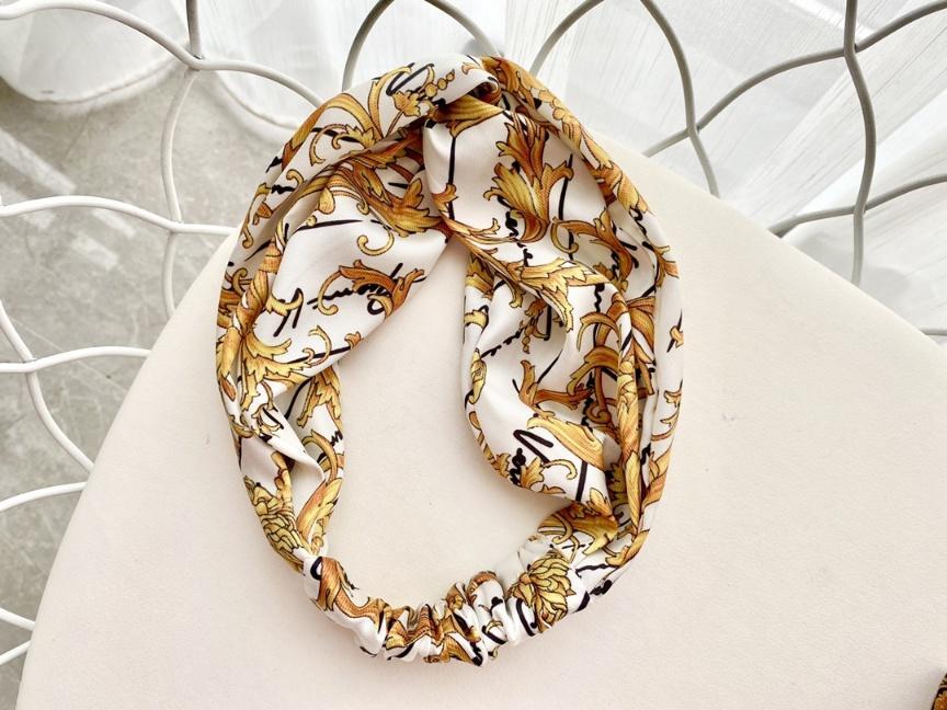 Полосы мода Нью-Упругая повязка для женщин Лучшего качества волос платок головных уборов Accessiors Подарки Симпатичная Свинья Клубника
