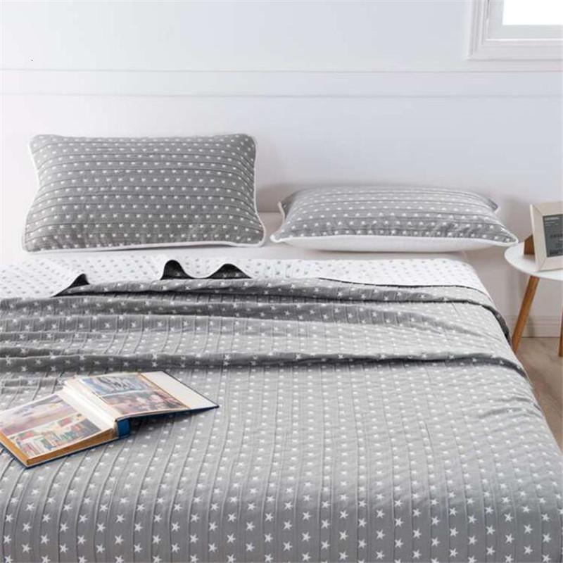 Fabrika doğrudan üç katmanlı yaz serin yıldız gazlı bez havlu yorgan tek / çift çok fonksiyonlu yetişkin uyku battaniye