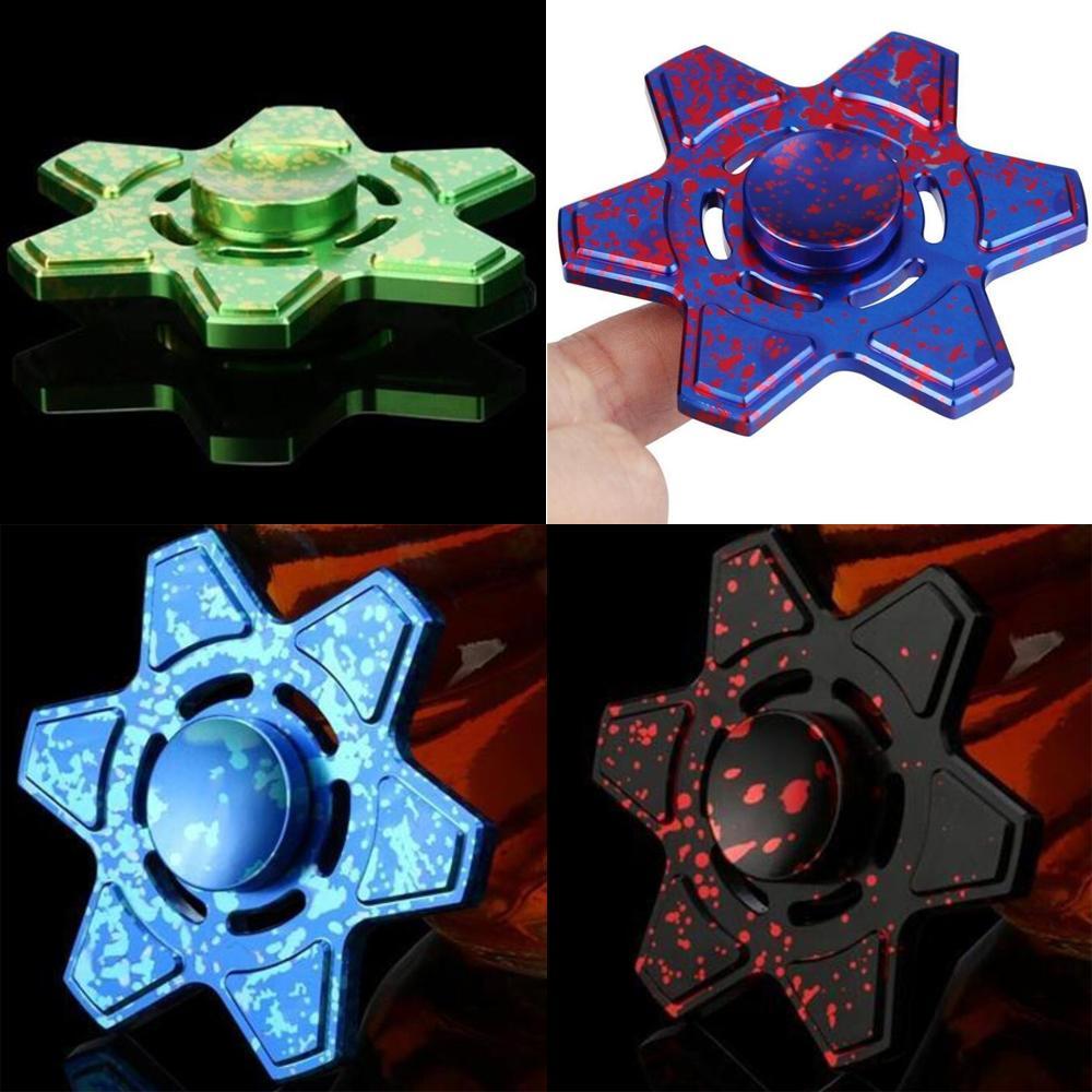 Giocattoli di spinner del dito Più recenti 4 modelli Six-Leaf Fidget Metal Pure Color Gyro Supereroe Dragon Rainbow Mano Painners Binger Decompression Giocattoli