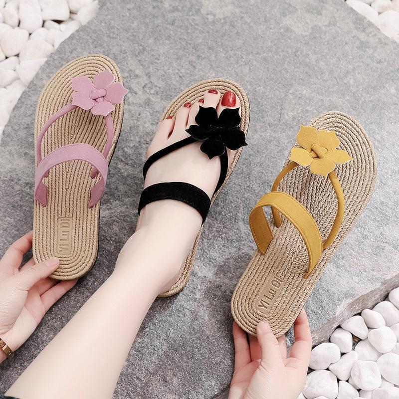 2020 Femmes Femmes Tissage de paille Flats Pantoufles Femme Femme Flip Flops Femme Talon Plat Femme Vague coréenne Extérieur de la plage Chaussures Toe Serrage1