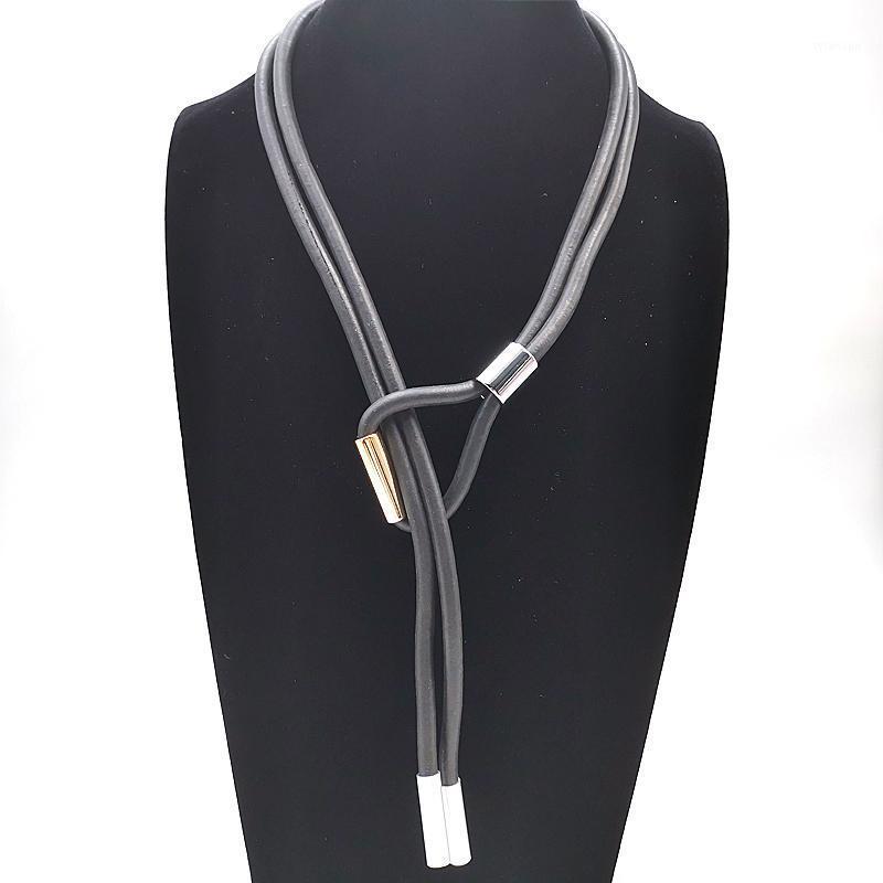 YDYDBZ Designer Hecho a mano Rosa Oro Negro Colgante Collares Collares de Gargantilla para mujer Collar largo Negla Regalo de vacaciones Punk Style1