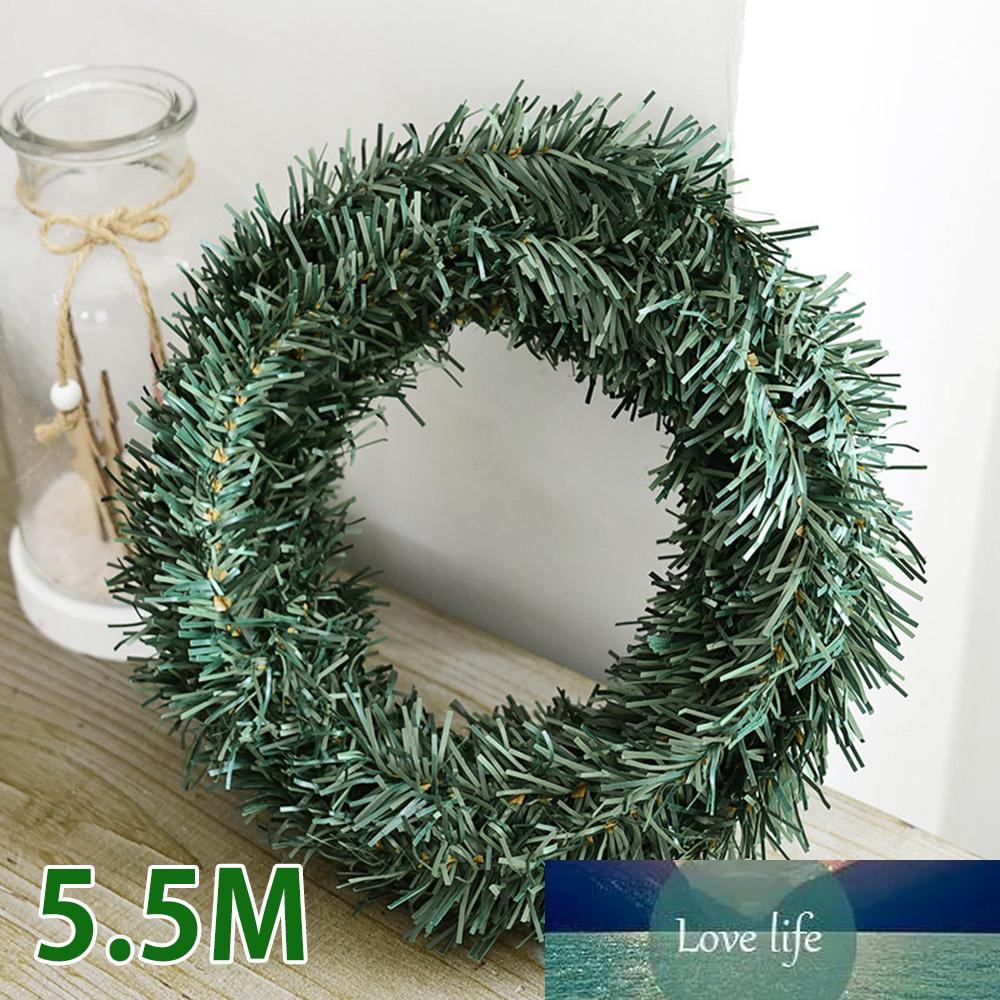 5,5M feuille verte vigne Garland de Noël Décorations Fleurs décoratives Couronnes Plantes artificielles Faux décor de Noël pour la chambre Accueil