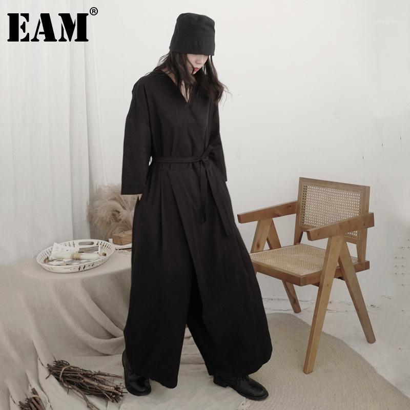 [EAM] Свободные подходят Женщины Черный Краткий Длинный Большой Размер Комбинезон Новая Высокая Талия Карманные Штабные Брюки Мода Весна Осень 2021 1DB1701