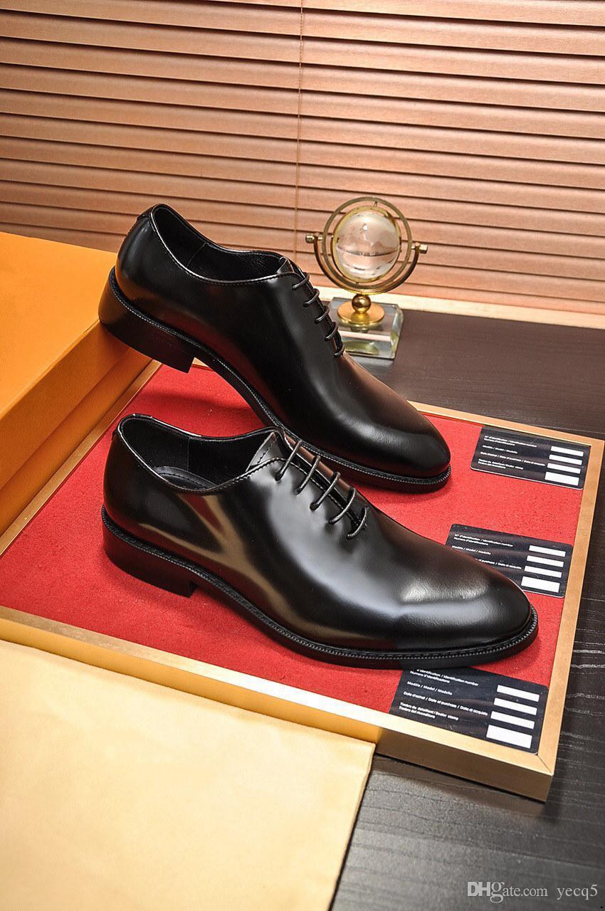 2019 uomini scarpe da sposa scarpe in pelle business formale di punta rotonda per scarpe da uomo di lusso scarpe da uomo designer uomo oxford appartamenti slip-on stile britannico