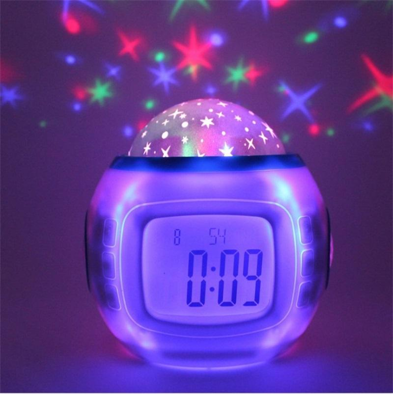 Ursprünglicher Sternenhimmel-Sky-Projektion-Uhr Bunte Blue Screen-Persönlichkeit Digitaler Wecker-Musik-Lampen Home Dekorieren Heißer Verkauf 19xj F2