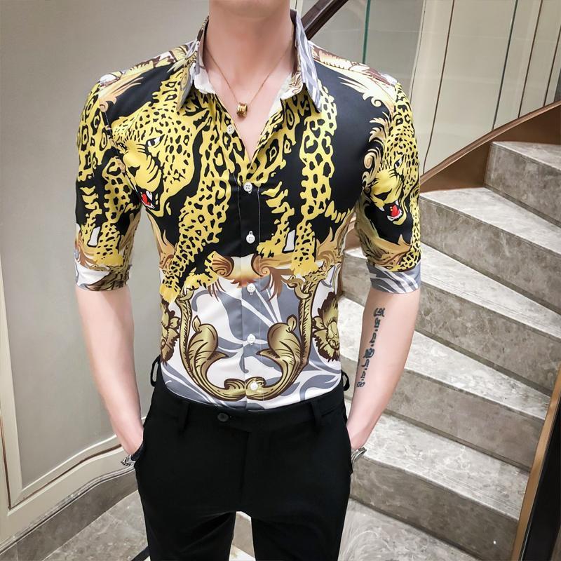 Męskie koszule Koszulki Koreańskie Sexy Leopard Drukuj Koszula Mężczyźni Pół Rękaw 2021 Lato Slim Fit Floral Night Club Party Party Tuxedo Dress 3XL-M