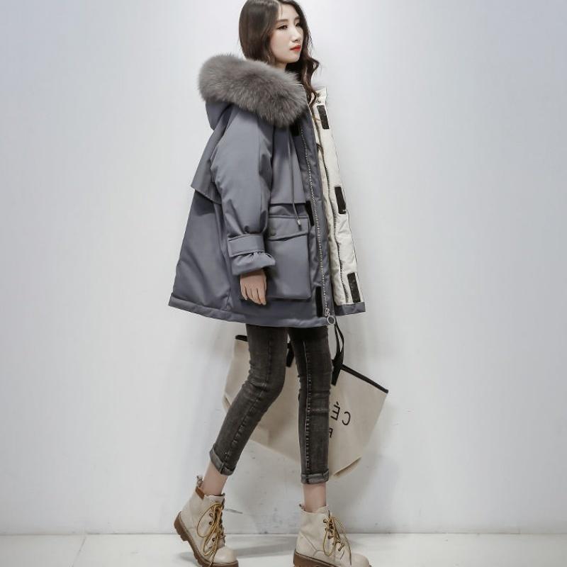 2020 Nouveau Grand Fox naturel de fourrure à capuchon Veste d'hiver Femmes 90% duvet de canard blanc chaud épais Parkas Sash Tie Up Neige Femme Manteau