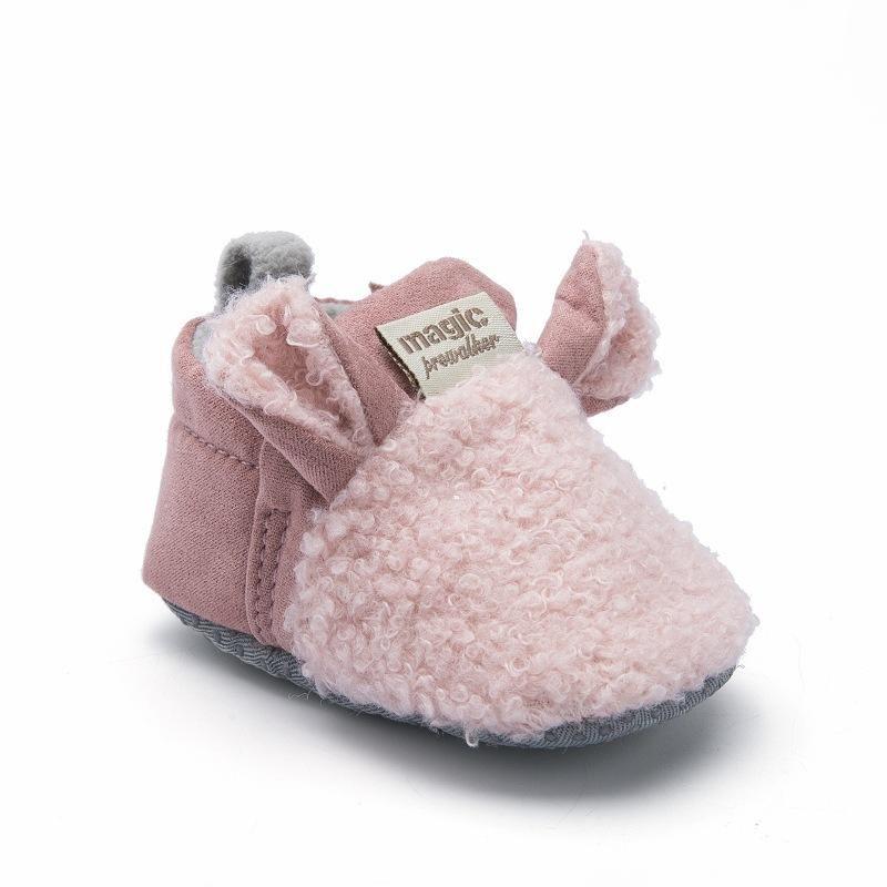 First Walkers 2021 Baby Girl Shoes Invierno Cálido Lindo Dibujos Animados Nacido Niño Niño Niño Soft Sole Niño Cuna 0-18m
