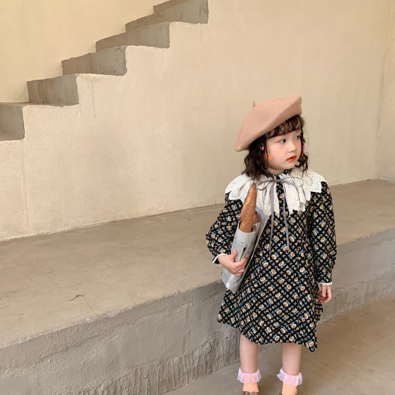 Dziewczyny Dresses Girls Floral Print Sukienka Jesień i zima Dzieci szczotkowane z długim rękawem Grube Moda z aksamitną sukni księżniczki + koronki 2-7t