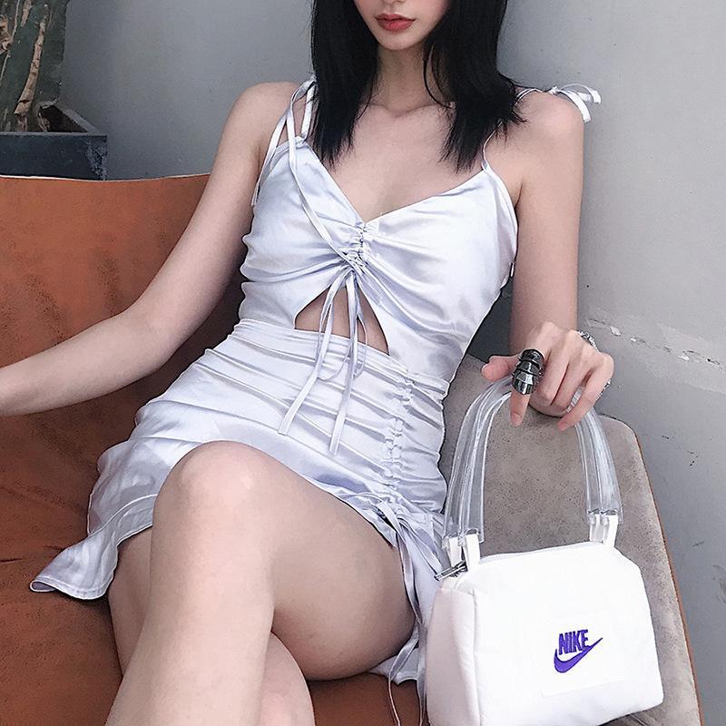 Sexy v cuello ahueca hacia fuera Spaghetti correa suspender vestido mujer verano lace up seda mini bodycon vestido elegante moda vestidos y2k x0521