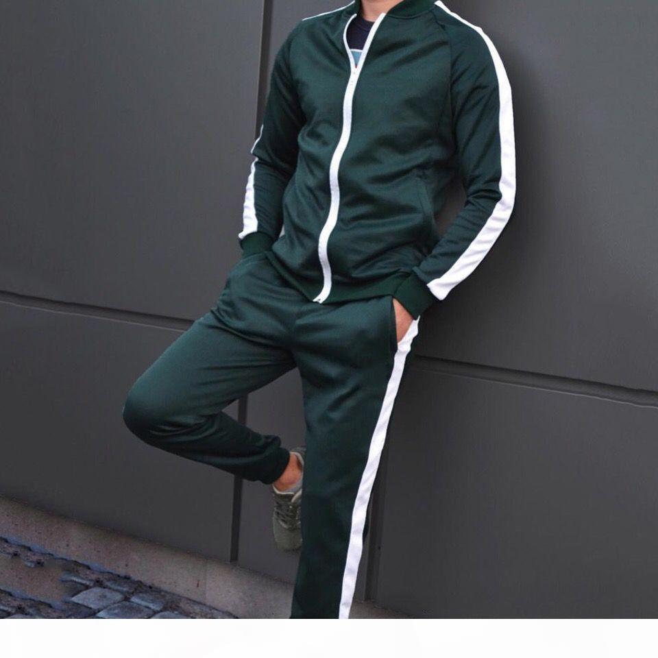 Stivaletti Design Design Tracksuits Autunno e inverno di alta qualità in cotone da uomo comodo Slim con cappuccio Cardigan Giacca con cappuccio con cappuccio Abito da due pezzi CHP 0