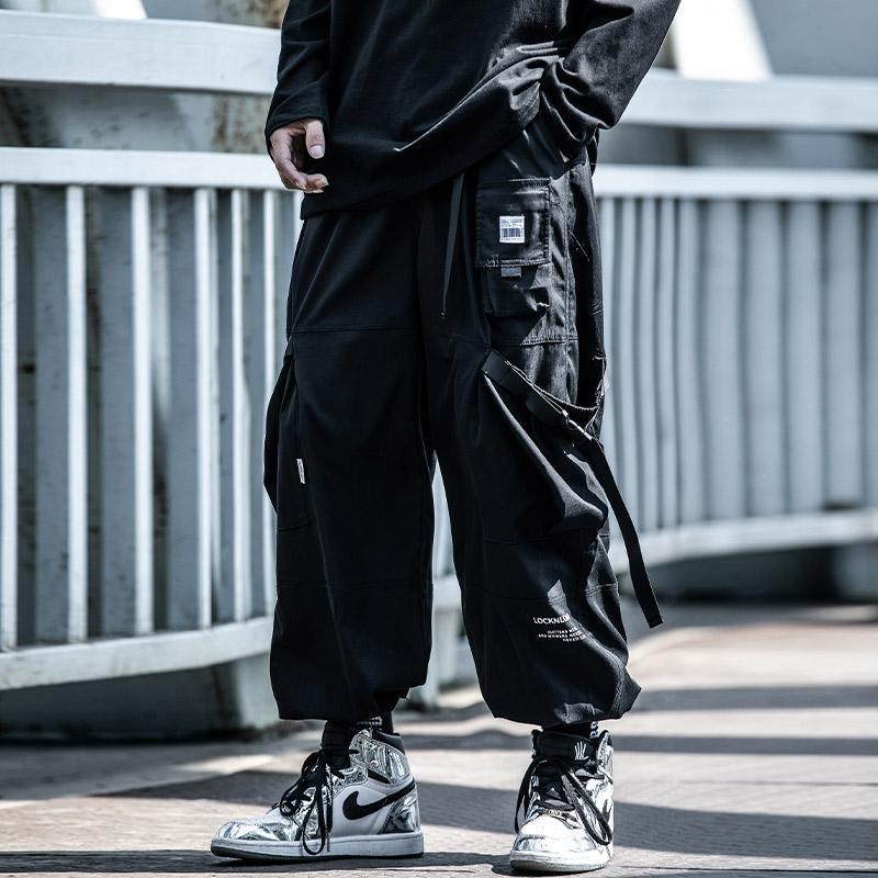 Pantalones para hombres Harajuku Función de hip hop Otoño Ropa de otoño Cinturón suelto Pantalones de pie Pantalones Ribbon Monos Michalkova