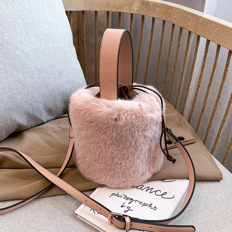 Crossbody Bag Handtasche Schulter Faux Hand Wintertaschen Frauen Eimer Sac Damen Plüschtasche Mode Taschen Designer Bolsa Feminina Fur Nimwf