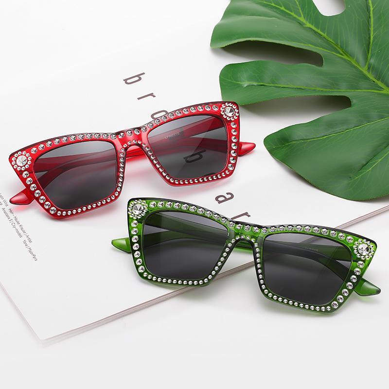 Forme de gafas de sol de diamante de gran tamaño para mujer Marco cuadrado Rhinestone Crystal Sun Glasses Lujo Vintage Sunglass Shades UV400