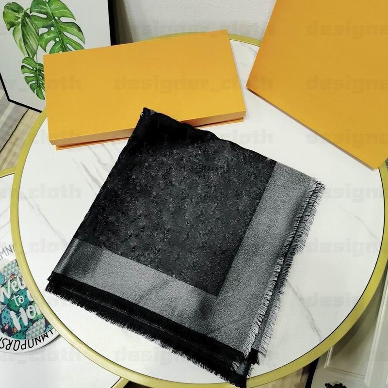 Wholesale Foulard classique Mode Châle Automne / Hiver Dames Foulard Fine Silver Silk Silk Fil Jacquard Laine Foulard en laine châle 140 * 140cm
