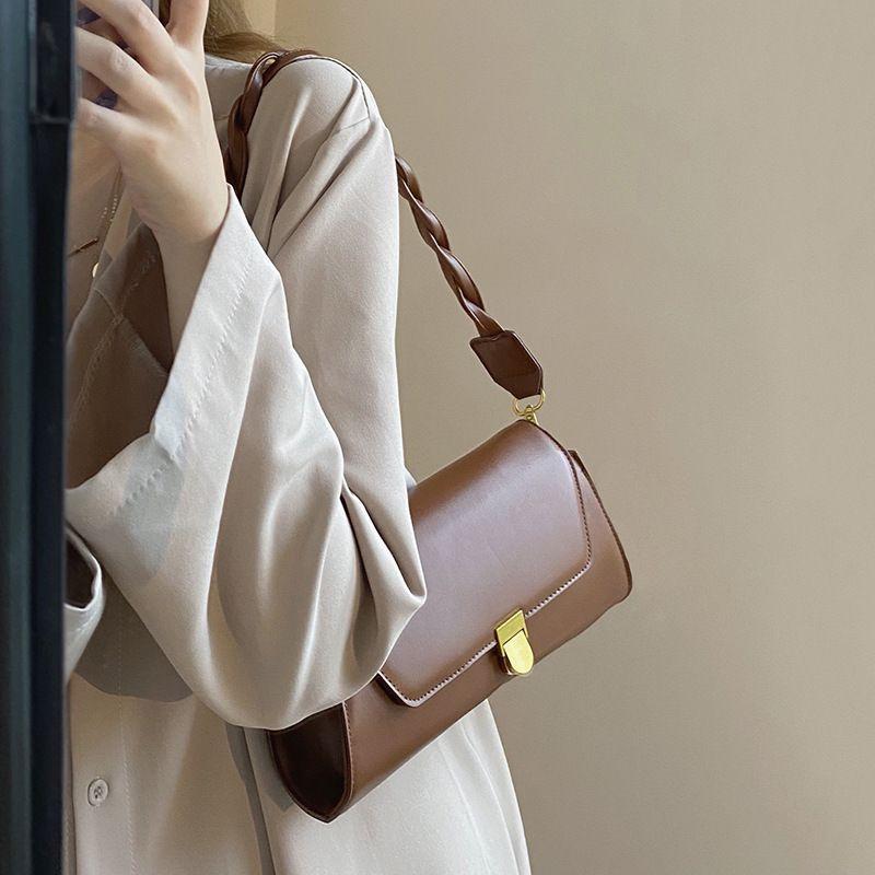 Vinatge Çanta Çantalar Kadınlar Shoudler C1016 Tasarımcı Çanta Lüks Deri Küçük Crossbody Çanta Şekli Dokuma Messenger PU Baget Kayış Baots