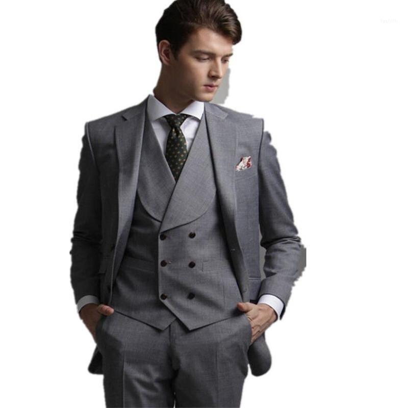 Neueste Design Kostüm Homme Männeranzüge Grau Schal Revers Weste Bräutigam Tuxedos Herren Drei Stücke Mode maßgeschneiderte Hochzeitszüge1