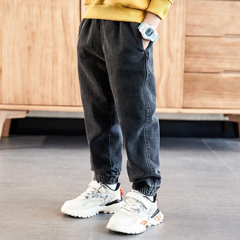 INS Hot Boys Jeans 4-13 años Lavado de algodón Jeans Pantalones coreanos para bebés Jeans Kids Plus Velvet Otoño e Invierno LJ201203