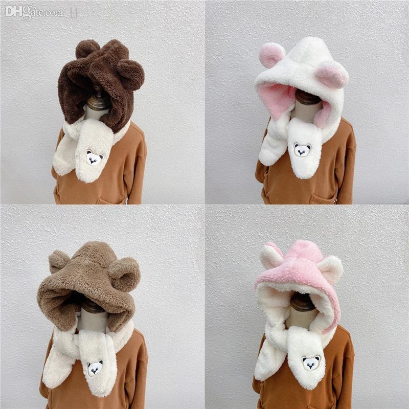QFBK0 Invierno Sombrero para niños Mujeres Protección de la oreja Cap Conejo Peluquería Peluncia para mujer Estilo de llegada Hombre Bufanda Bufanda Londres Oso Bordado