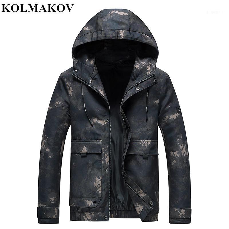 Kolmakov 2020 Yeni Bahar erkek Ceket ve Mont Kamuflaj Kısa Kapüşonlu Ceket Adam Rahat Giyim Mont M-4XL1
