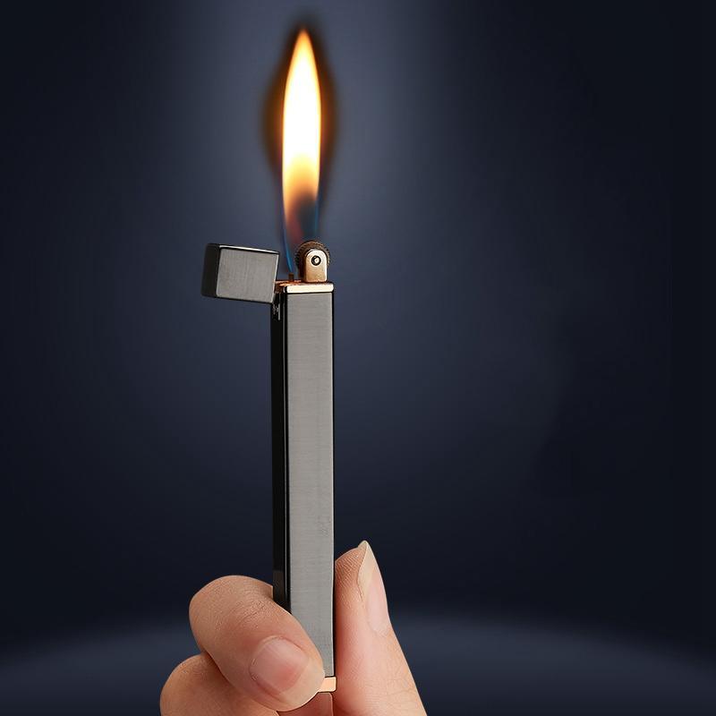 2020 New Mini fina de metal gratuito Gas Fogo Isqueiro rebolo Torch Compact recarregáveis Isqueiro Butano cigarro bolso Lighter