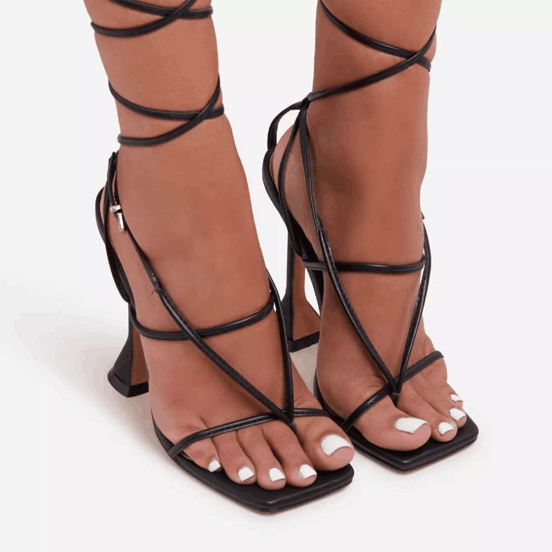 Novos Sandálias de Verão Preto Laço Vermelho Ankle Strap Party Salto Alto Bombas 9cm Salto Fino Tanga Sandálias Senhoras Sapatos Tamanho 42