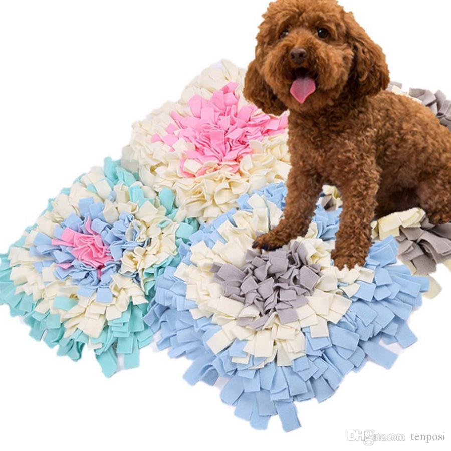 High Quality-Platz 33 * 33cm Durable Interactive Stress Relief Spielzeug Füttern Velveteen Matte für Haustier Hund kann gespleißt