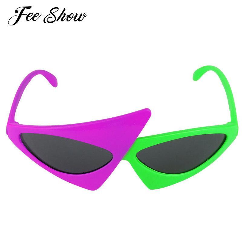 Verde della novità 2-Color e neon viola divertente asimmetrica Triangolo Occhiali Accessori di moda per Halloween o altri Costume Party