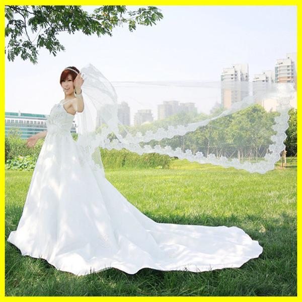 2021 Auf Lager lieferbar Maßgeschneiderte Brautschleier Tüll Applique Edge Außenhandel Schleier für Hochzeitsfeier