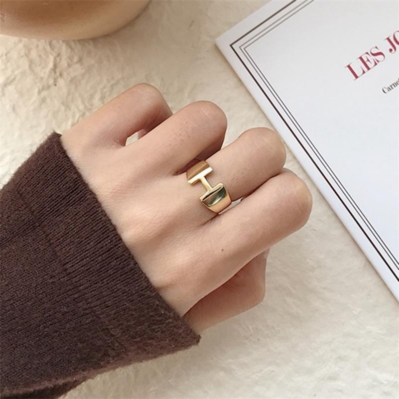 Silvology 925 Sterling Silver Gold H Lettre Anneaux de lettres minimalistes Glossy Tempérament élégant Anneaux ouverts pour femmes Festival Bijoux 201218