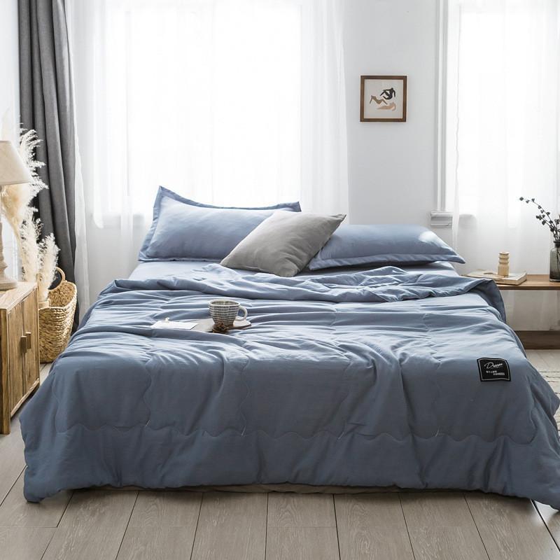 Branco Verão colcha edredom Ar condicionado colcha de retalhos sólida estilo moderno macio cobertor azul 150 * 200 200 * 230 centímetros cama