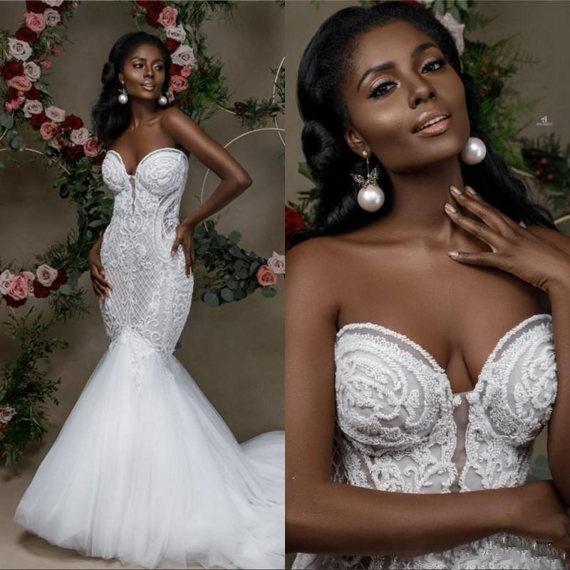 2021 New Sexy Fashion Mermaid Wedding Dresses Sweetheart Lace Appliques Sleeveless Tulle Sweep Train Open Back Plus Size Formal Bridal Gowns
