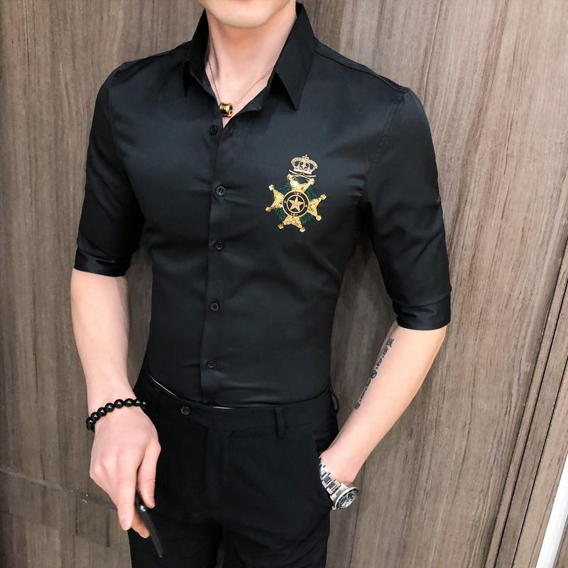 Spring Mens Shirt Golden Bordado de manga corta Slim Fit Dress Shirts para hombres Casual Streetwear Social Blusa Camisa Masculina J1216