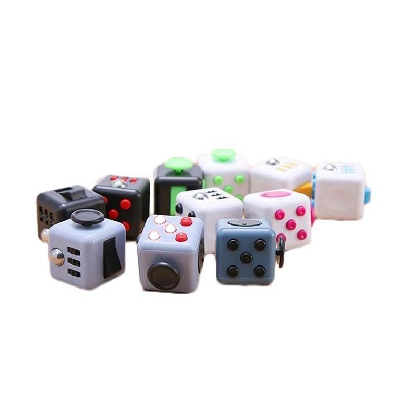 FIDGET 큐브 장난감 스트레스 릴리프 재미 압축 해제 불안 장난감 지루함주의 마법 큐브 장난감 FIDGET 바쁜 선물