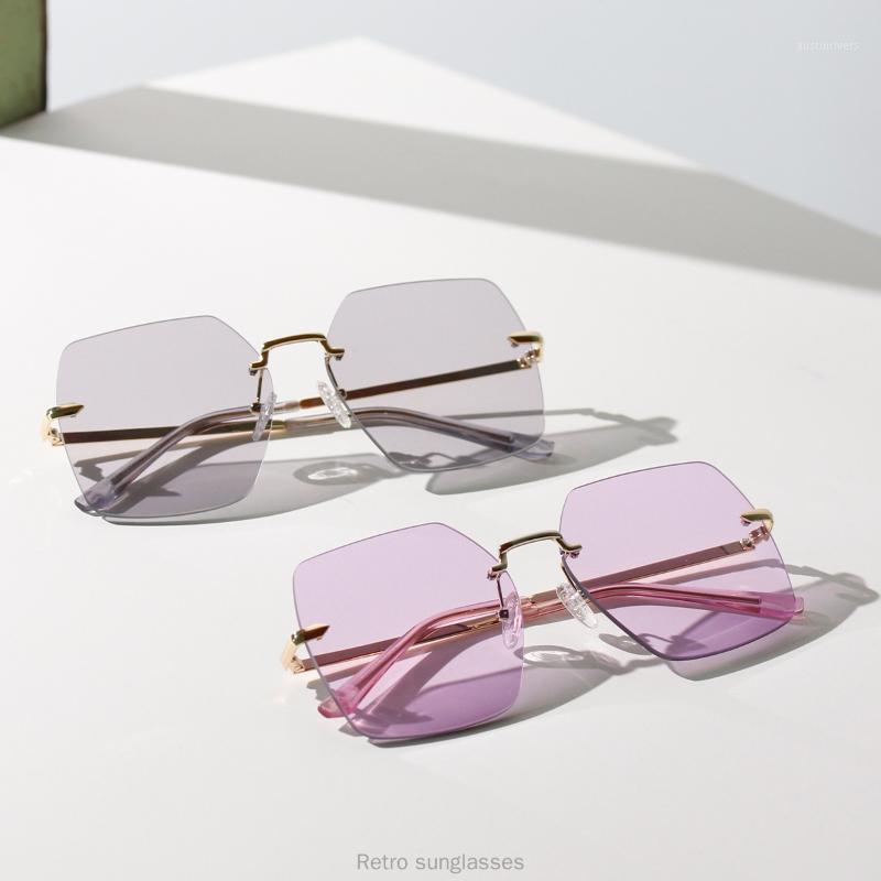 Occhiali da sole quadrati sovradimensionati Donna 2020 Occhiali da sole senza montatura Grandi occhiali marroni femminili retrò con scatola FML1