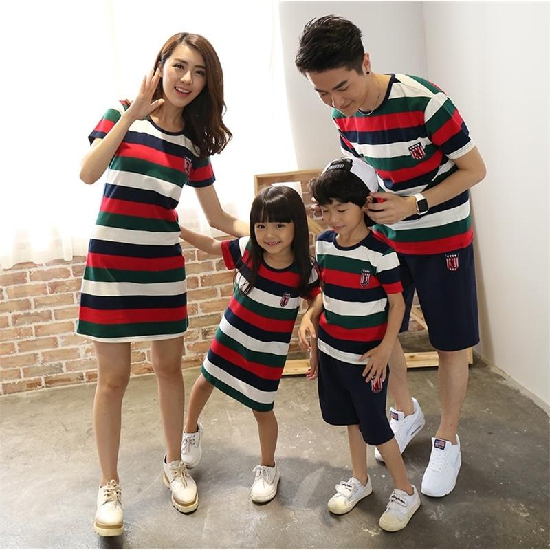 Familia Matching Ropa Camisas Nacionales Padre Madre Hija Hijo Mamá Mamá Y Mí Ropa Vestido Pareja Familia Mirar Equipo 20128