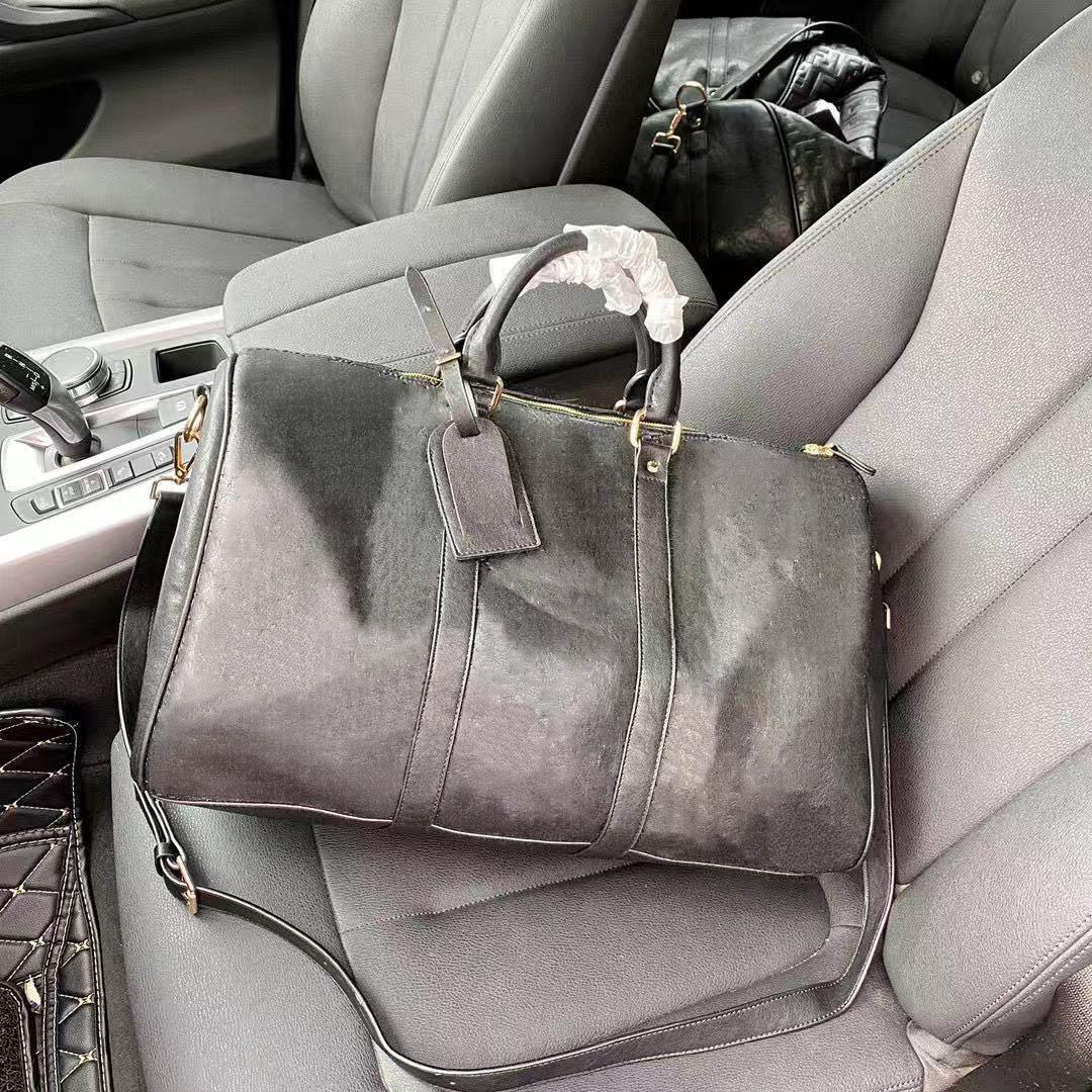 Sacos de viagem Mens Luxo Gravado Duffel Bag Moda Pacote Ao Ar Livre com Grande SpaceHigh Tampa Multifuncional Bolsa de Bolsa Multifuncional