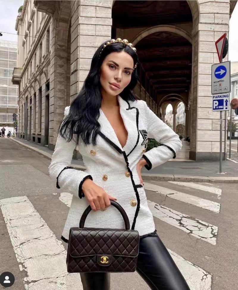 Yüksek Sokak Sonbahar Moda Yeni Beyaz Tam Kollu Elmaslar Rozeti Çift Göğüslü Pullu Blazer Coat 2020 Ünlü Tasarımcısı Parçası
