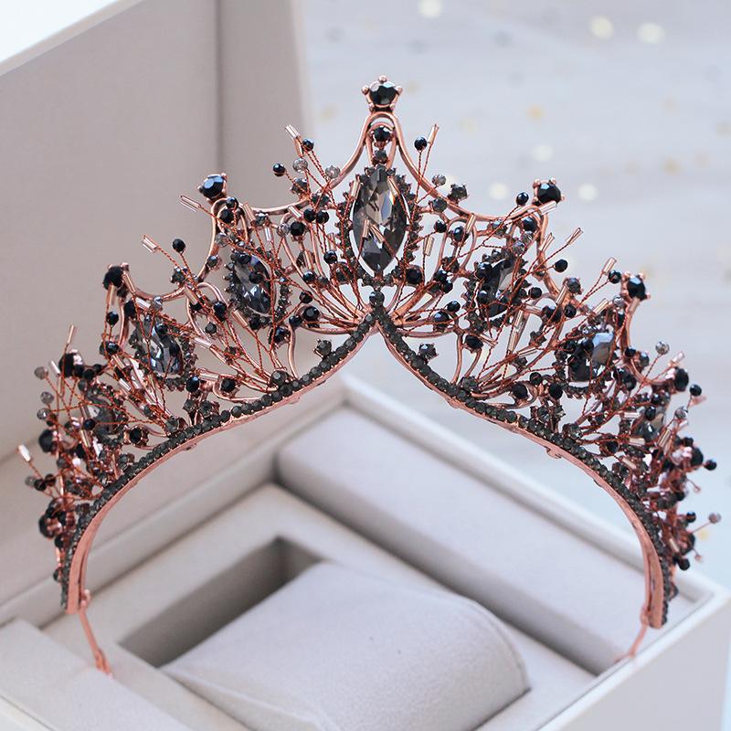 KMvexo Baroque Gül Altın Siyah Kristal Gelin Tiara Rhinestone Diadem Pageant Taç Gelinler için Kafa Düğün Saç Aksesuarları Y1130