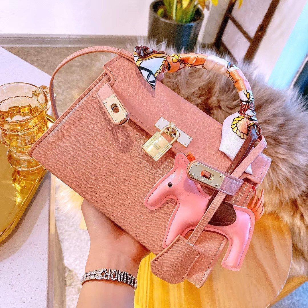 Cheap Fashion Evening Bags Luxury Handbags Womens Bag Designer Ladies Shoulder Handbag NEW STYLE Totes Bag Wholesale Famous Brands Solid