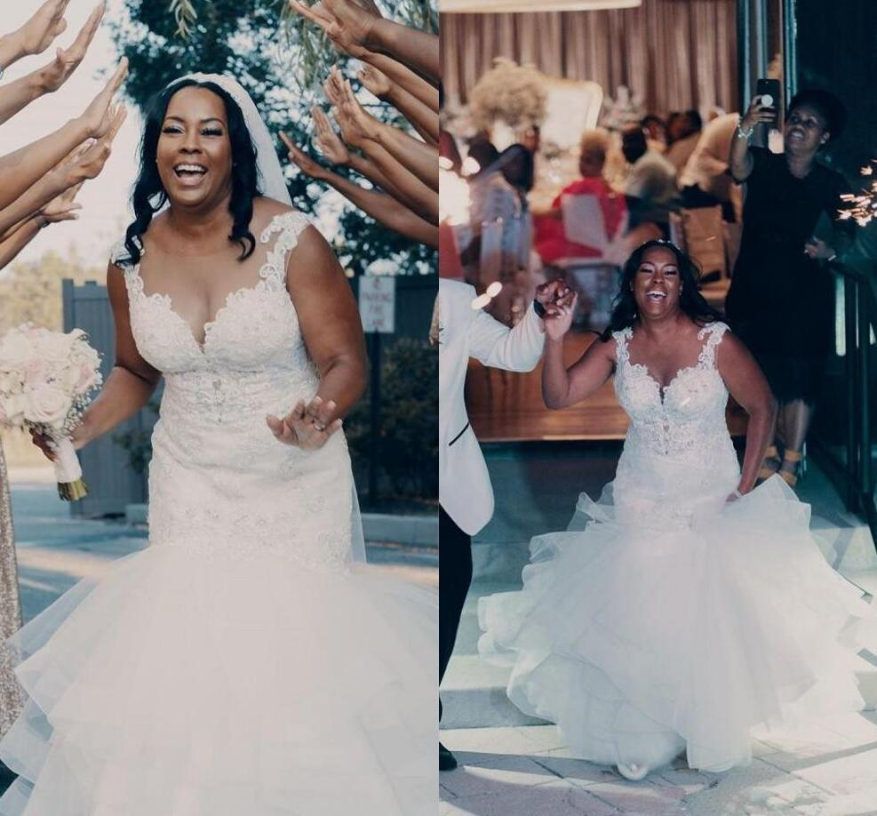 Plus Size Mermaid Wedding Dresses Sheer Neck Tiered Sweep Train Appliques Beads African Garden Country Bridal Gowns Designer Wedding
