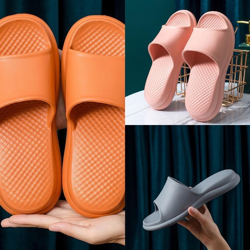 XGU Moda Yeni Erkekler Tasarımcı Sole Benassi Siyah Beyaz Kırmızı Çizgili Sandalet Nedensel Kaymaz Yaz Kauçuk Terlik Kadın Terlik