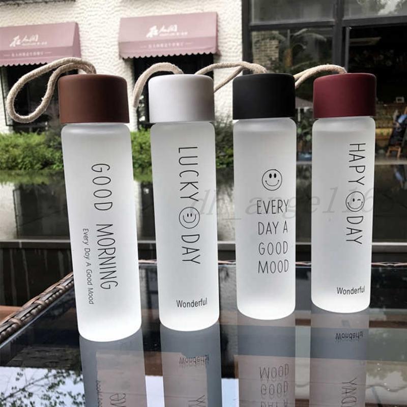 Garrafas de vidro frascos de vidro fosco canecas adulto esporte ao ar livre copos de vidro portáteis crianças crianças crianças smiley copo de água com tampa BC