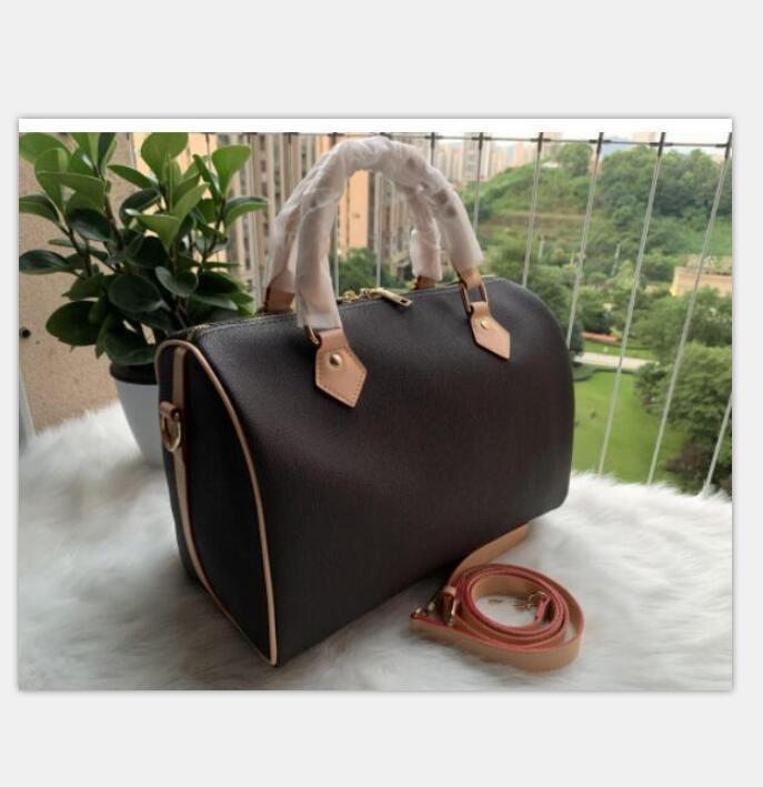 new lady messenger travel bag classic style fashion bag shoulder bag lady handbag handbag